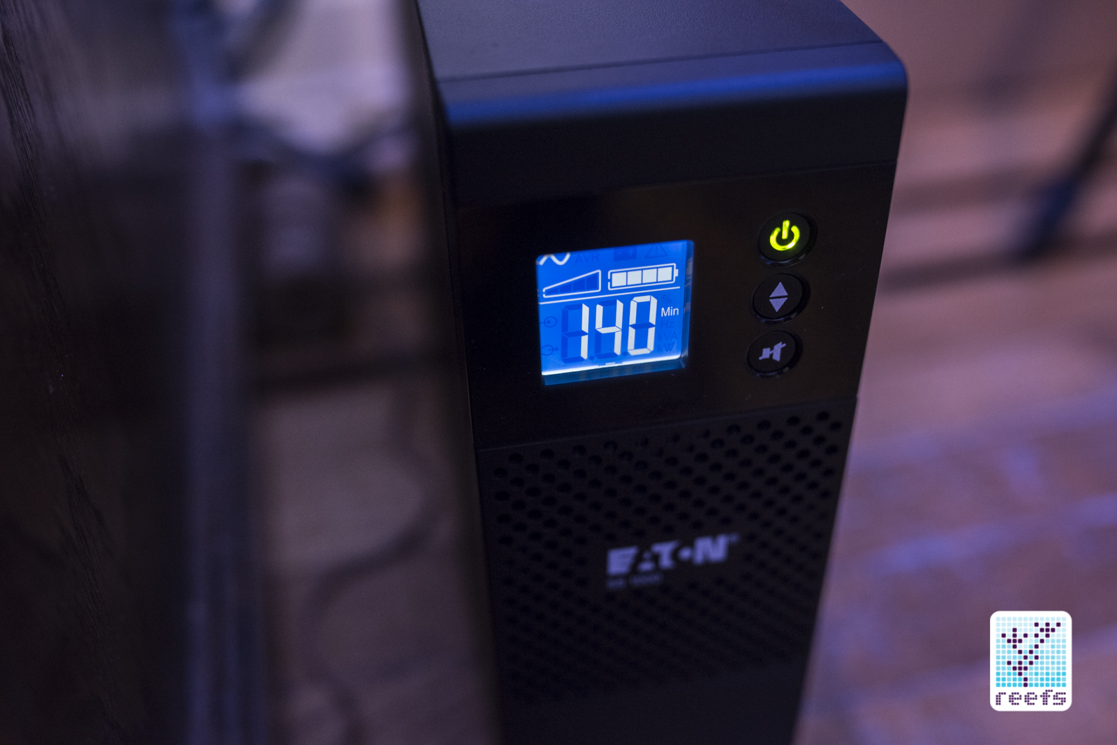 Product Review: EatON 5S1000LCD UPS Device - Reefs com